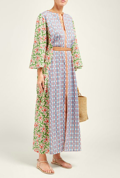 the prettiest  pattern play caftan  we ever did see!