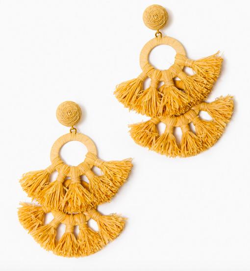 we love these  textured raffia earrings !
