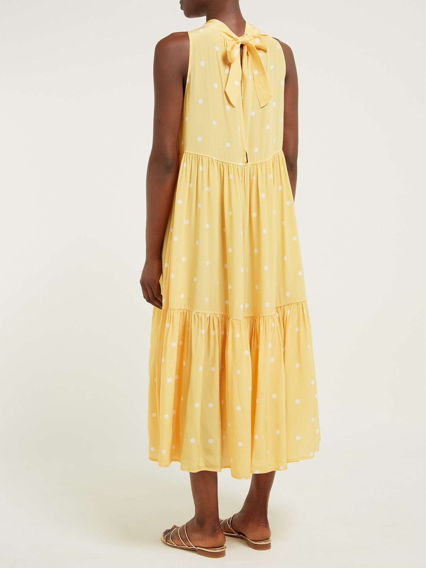 how pretty is this tiered  polka dot number ?
