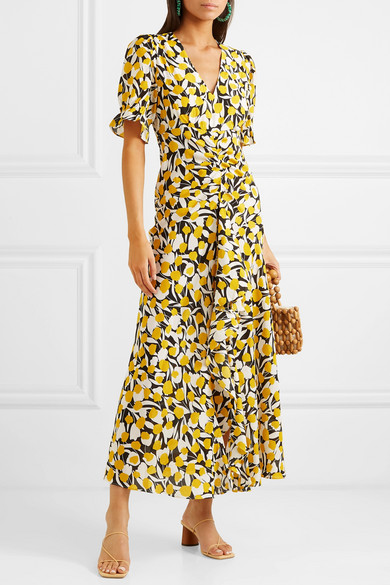 we adore this  happy yellow dress !