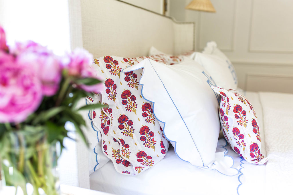 how happy are these  floral stem printed pillows ?!?! Snap them up here at  bloomingdale's !
