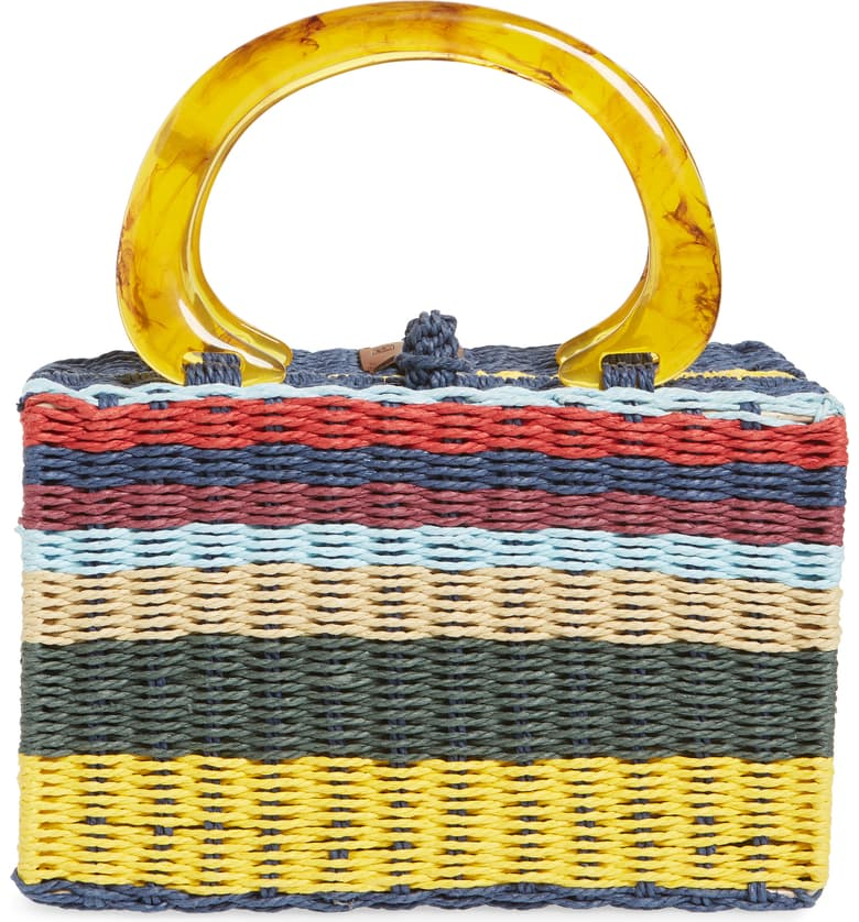 this striped  vintage-inspired bag  is swoon worthy!