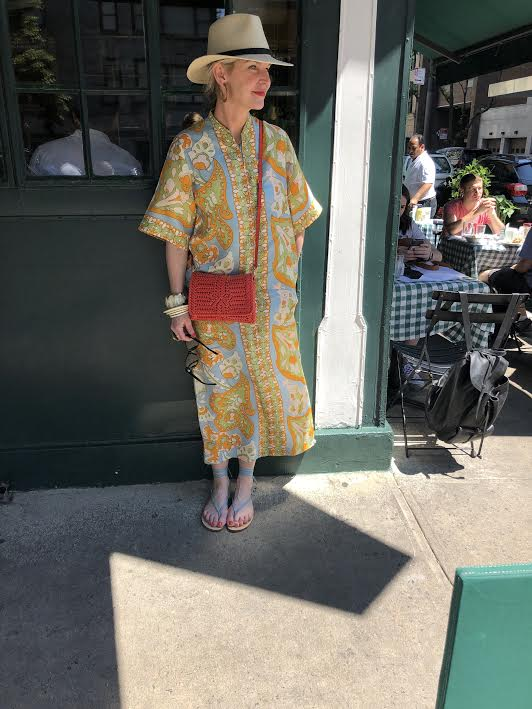 our new favorite caftan from cabana vintage! snap up this red cross body bag  here !