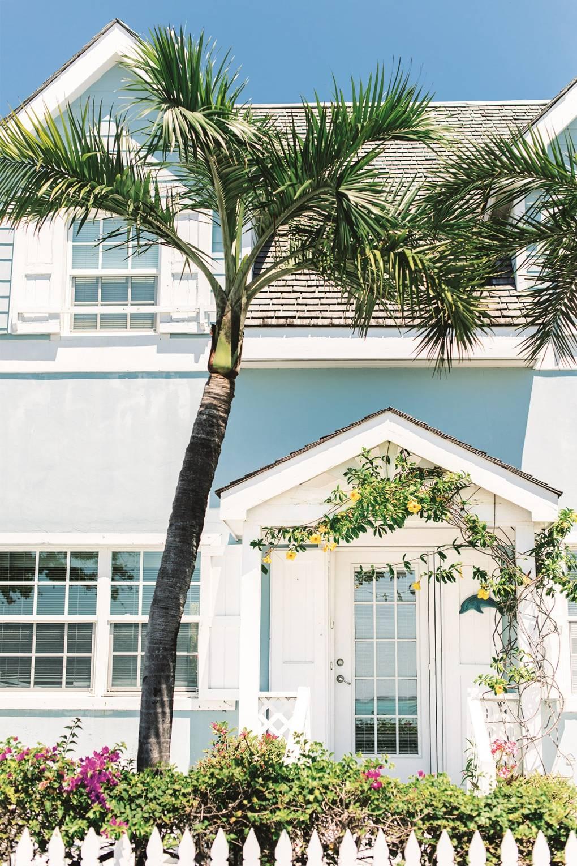 house-on-harbour-island-bahamas-conde-nast-traveller-18sept17-ana-lui.jpg