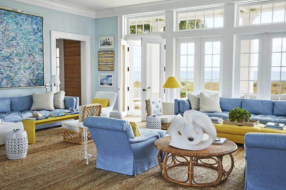 miles-redd-living-room-bahamas-veranda-1561060655.jpg