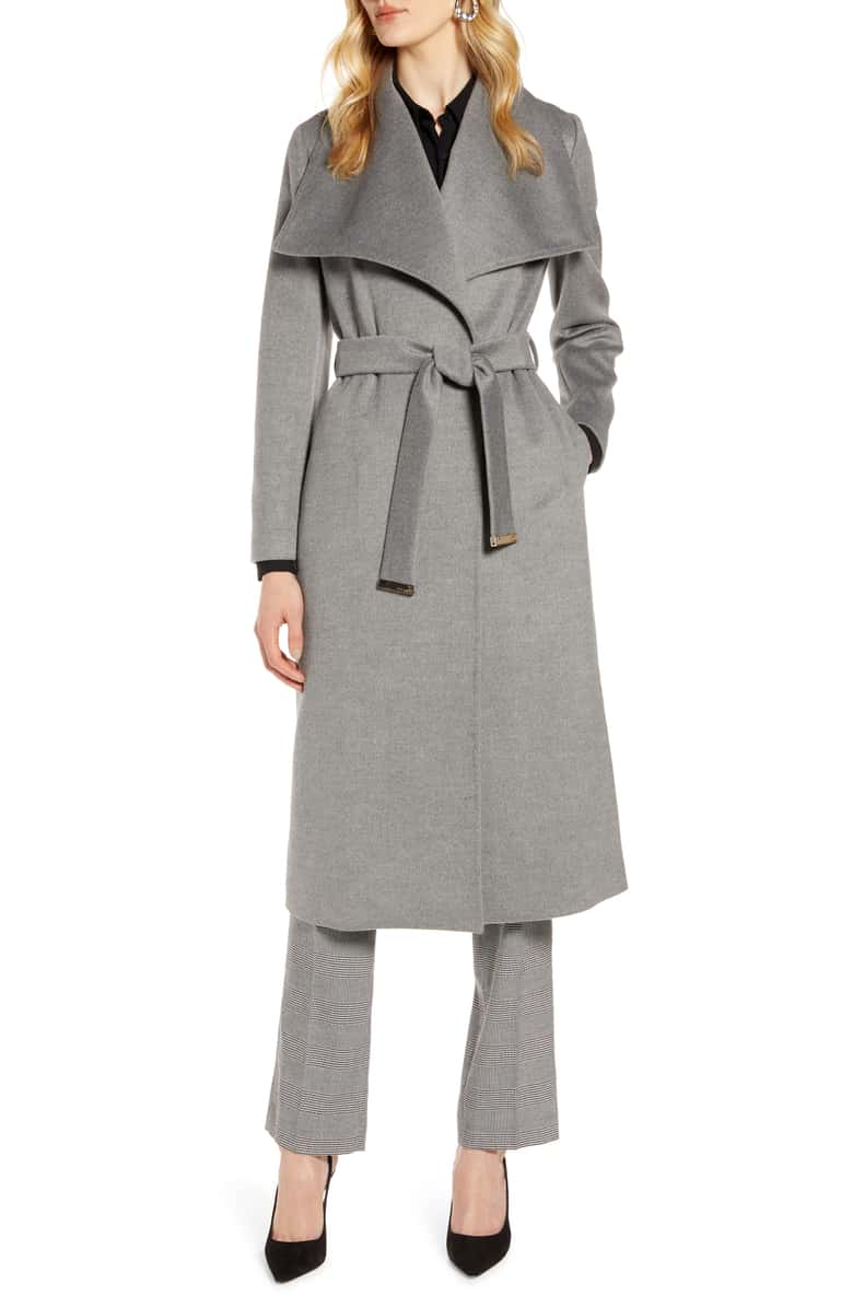 WE ARE SWOONING OVER THIS  CLASSIC WRAP COAT !