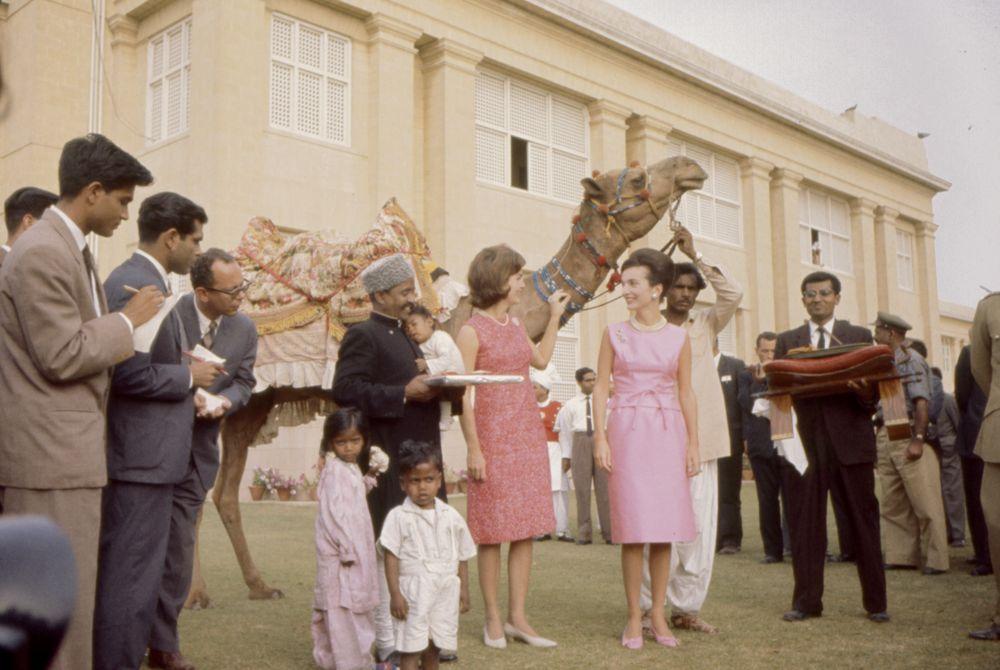 jacqueline-kennedy-camel-pakistan-1.jpg
