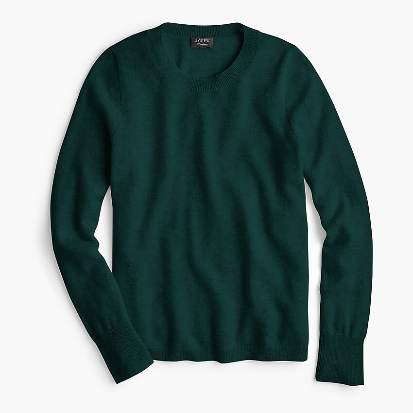 a  cashmere sweater  is the ultimate staple piece this fall!