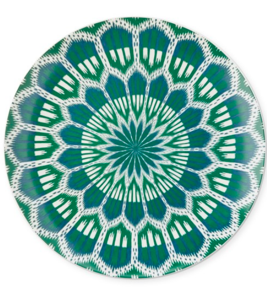 we just snapped up these  dinner plates … be sure to take a peek at all of the colorful options!