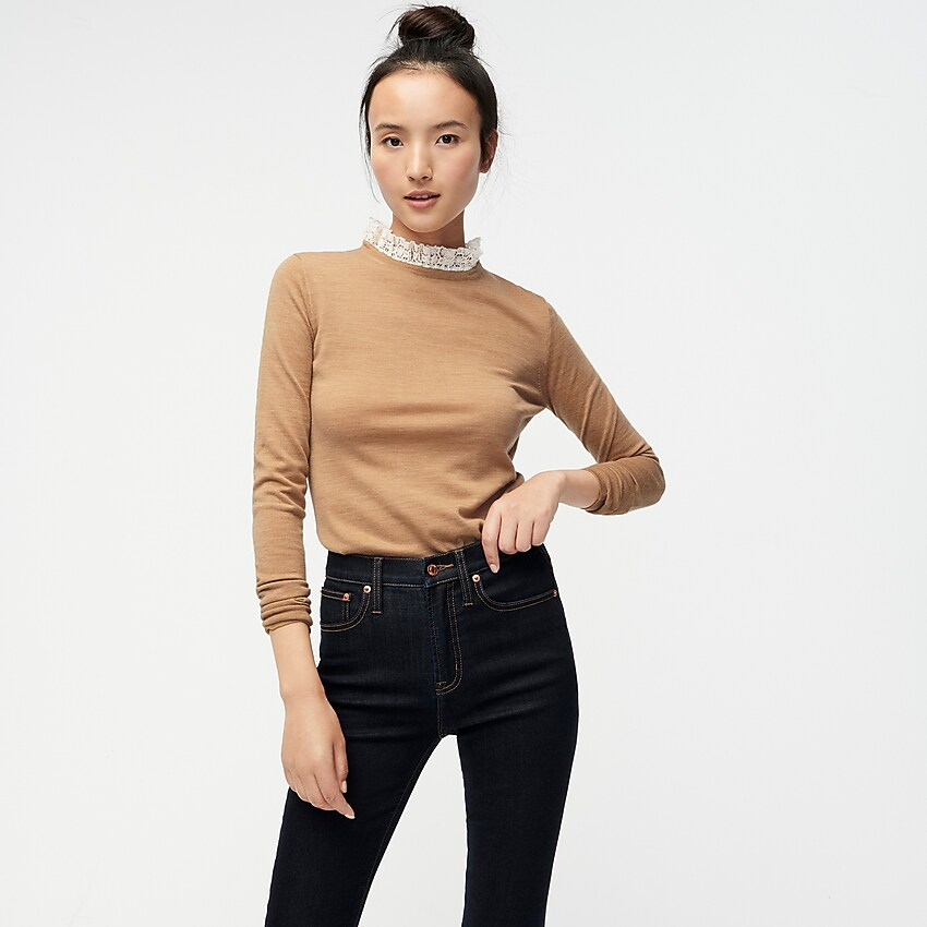 take 25% off this  lace collar sweater !