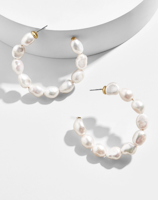 the sweetest  pearl hoops !