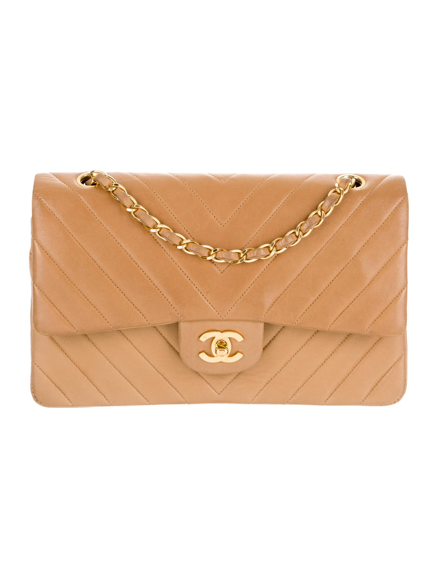 you know we can't resist this  vintage chanel !
