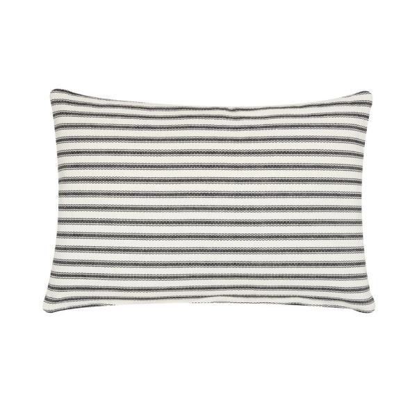 c-f-home-throw-pillows-861561924k-64_600.jpg