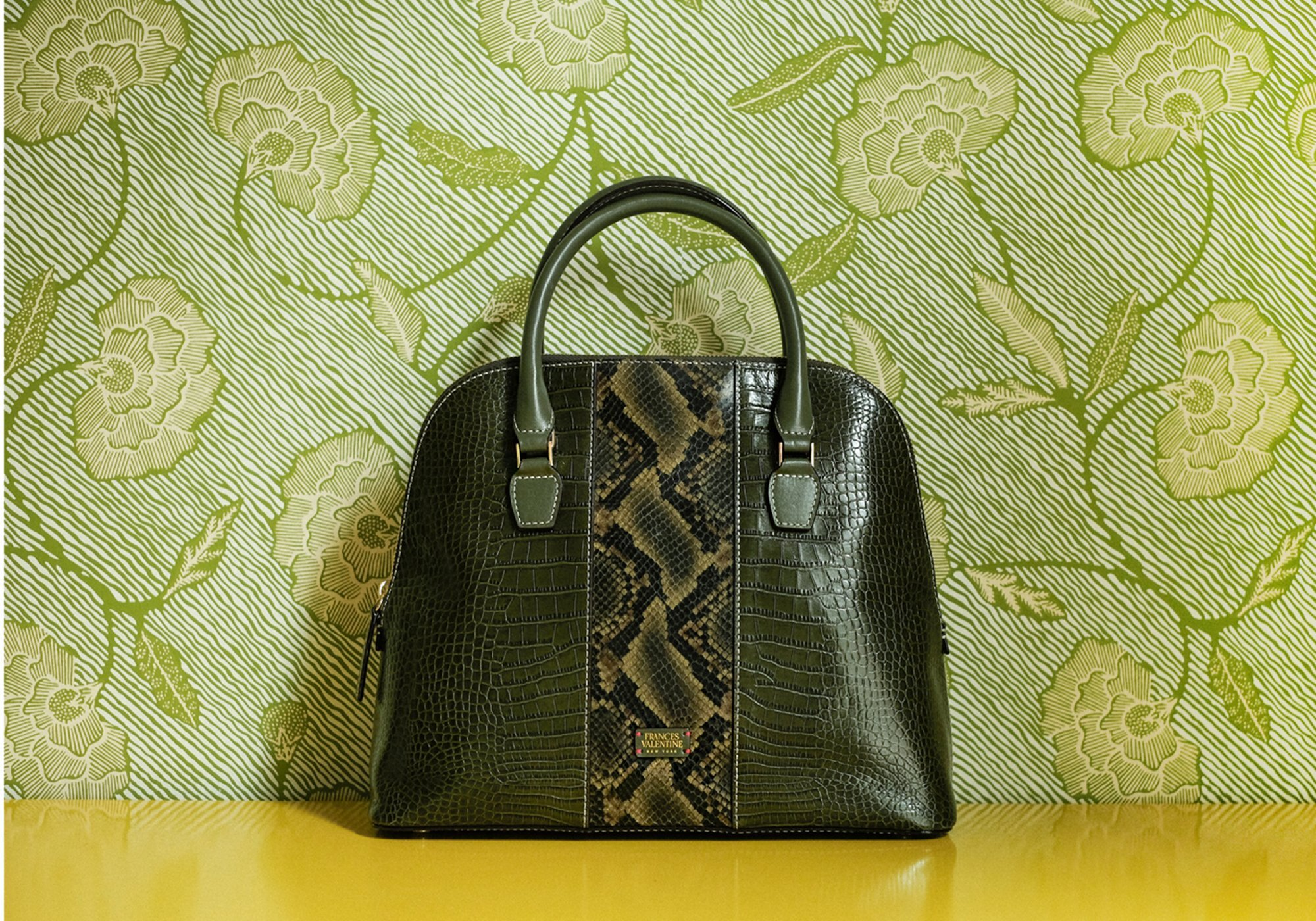 hello color crush! we adore this  olive green satchel !