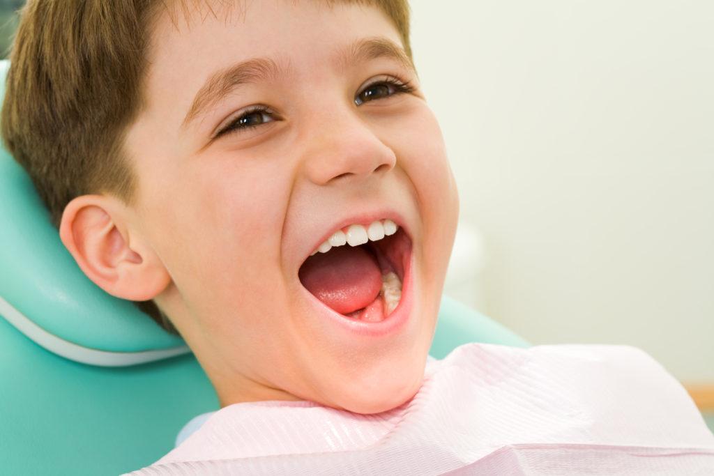 Little_Boy_Ready_for_Dental_Exam-1-1024x683.jpg
