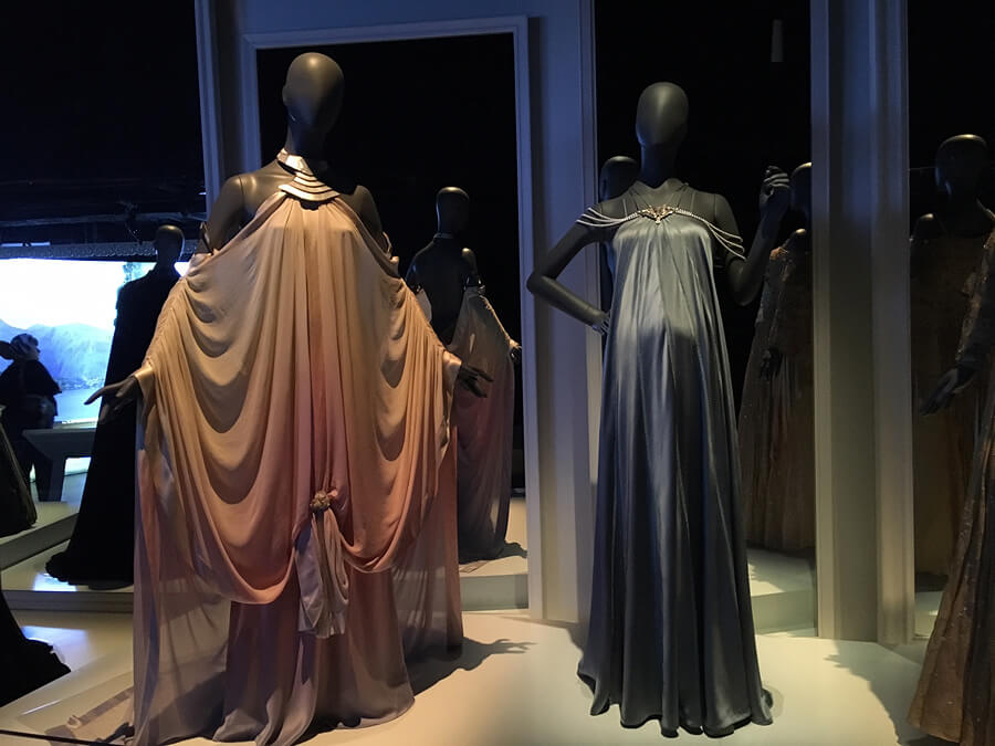Padme's gorgeous dresses she wore during pregnancy.