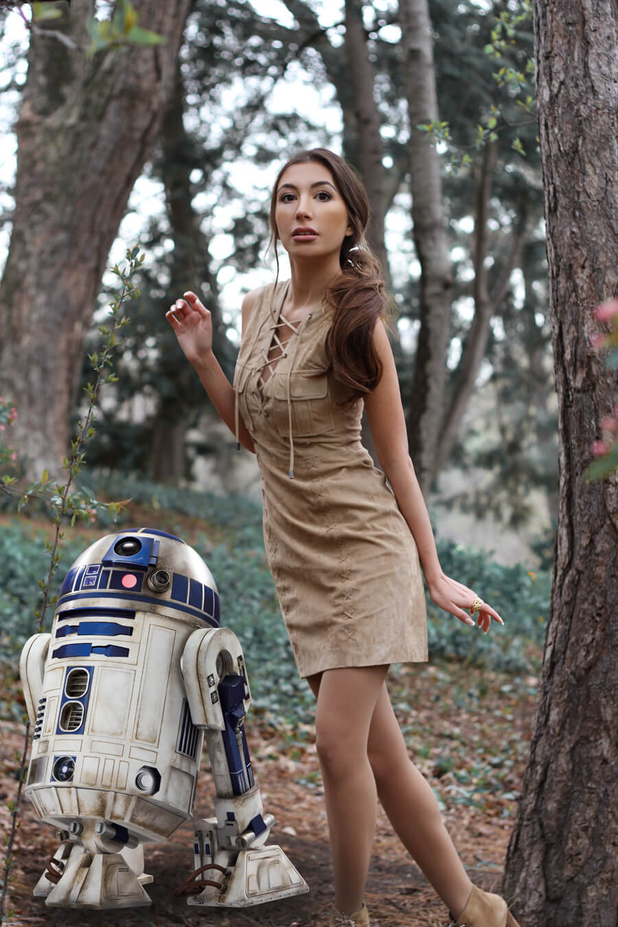 R2D2, did you hear that? I think someone is following us!