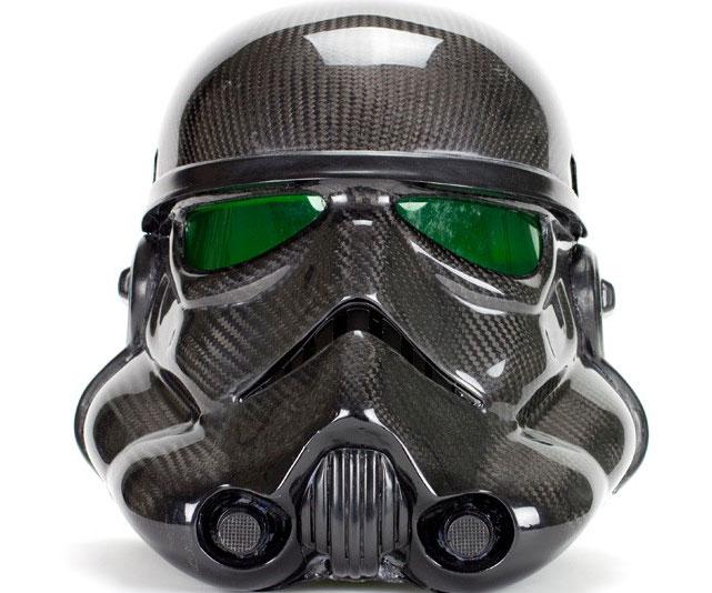 carbon-fiber-stormtrooper-helmet1.jpg