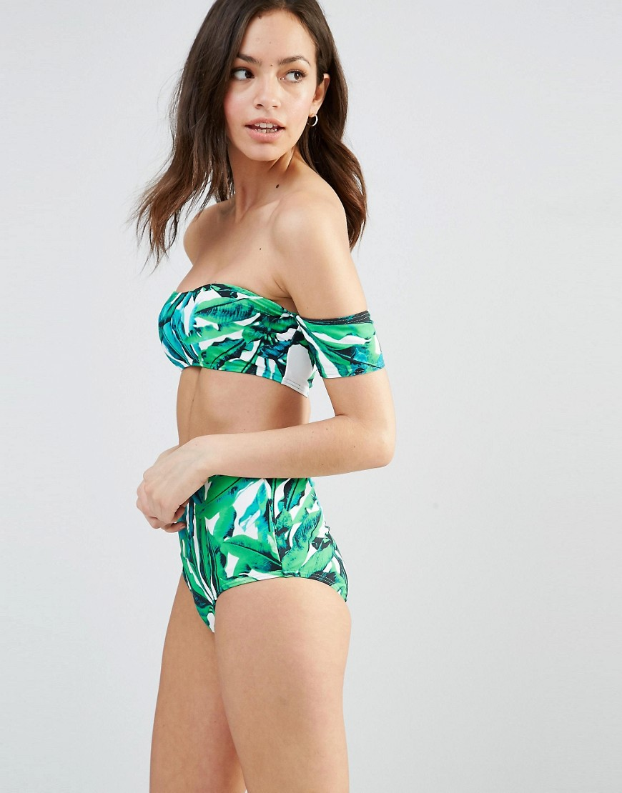 Off shoulder bikini