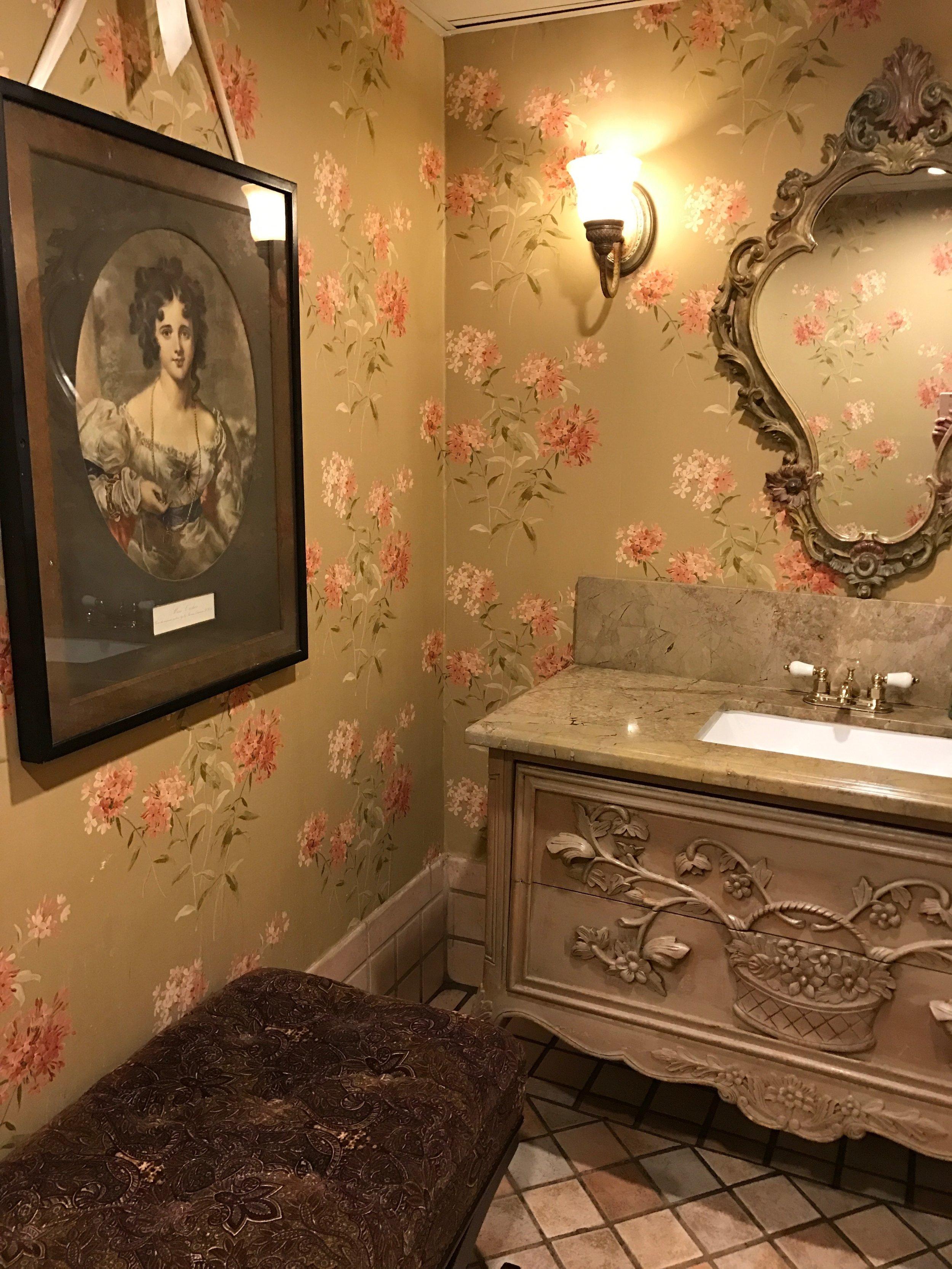 La Caille bathroom