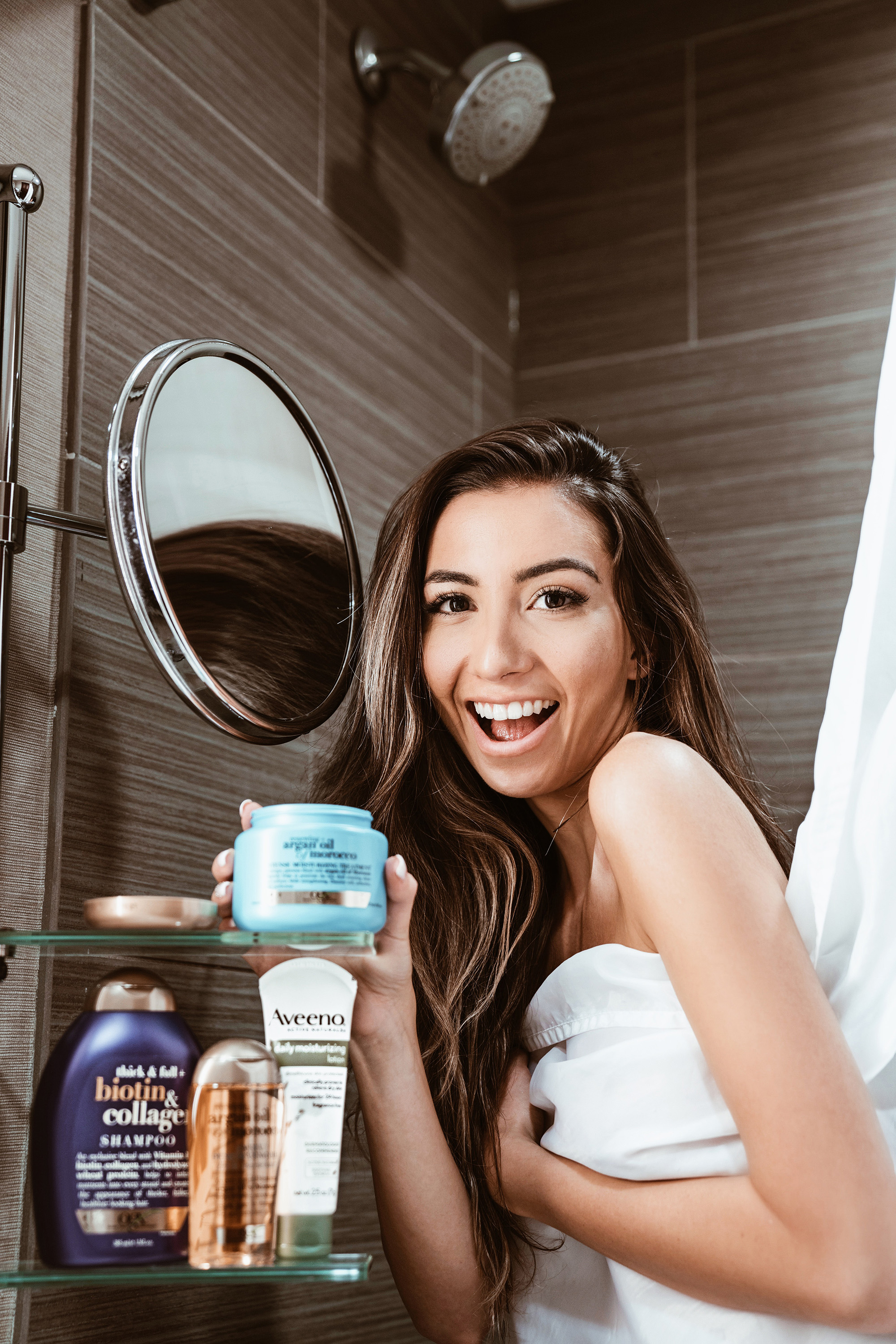 OGX and Aveeno review. Blogger in the USA. Shopstyle and Johnson & Johnson campaign