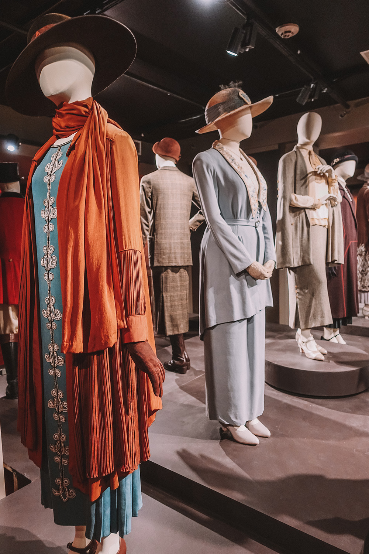 PBS Downton Abbey fashion styles.