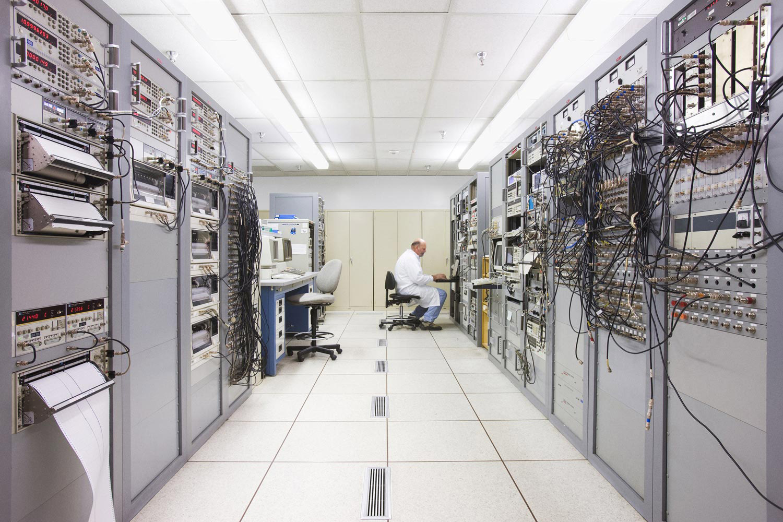 Frequency and Timing Lab, NASA/JPL, Pasadena, California, 2008