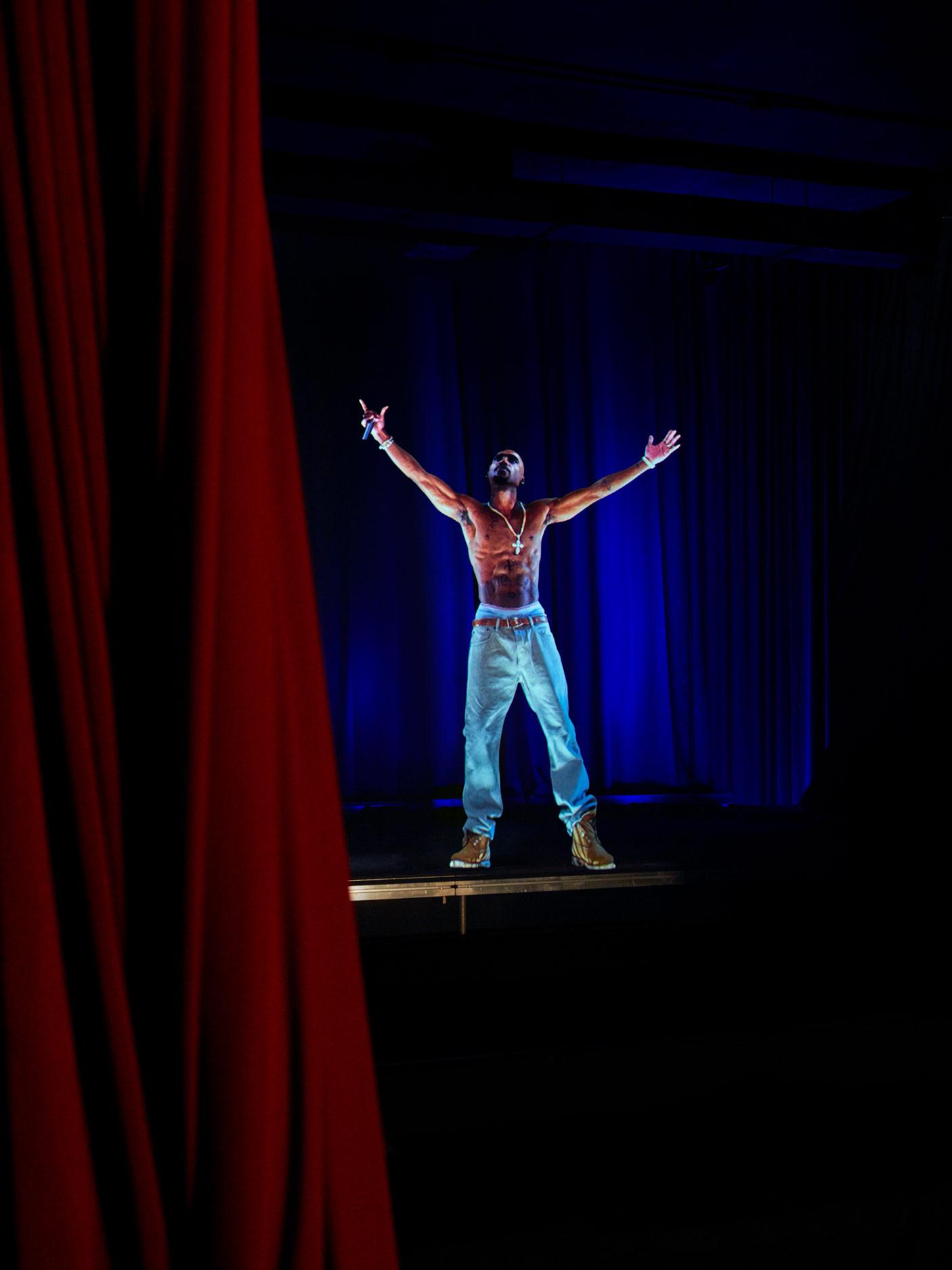 Holographic Tupac Shakur, Los Angeles, California, 2017