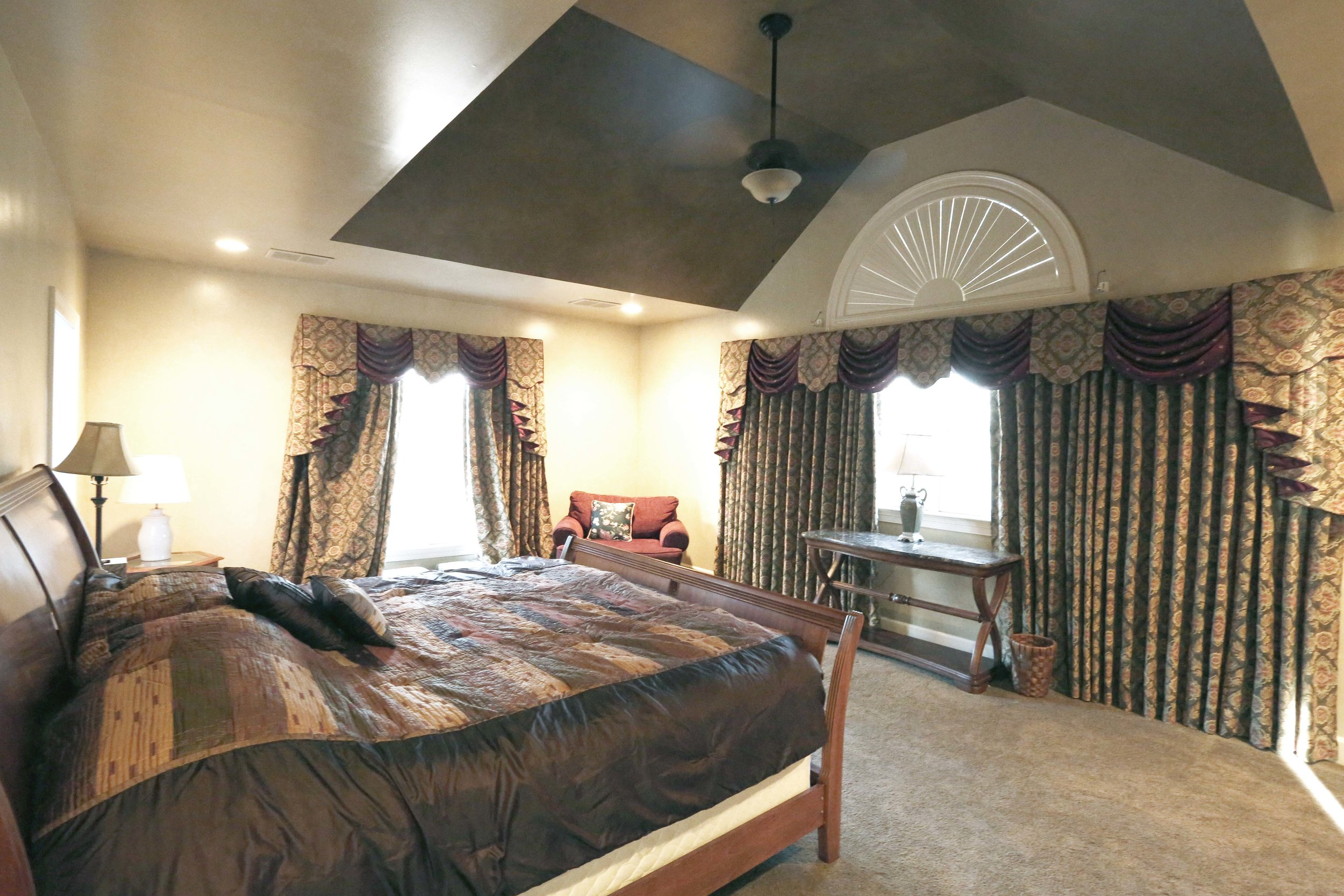 The Mansion Master Bedroom has a California King and a humongous bathroom.