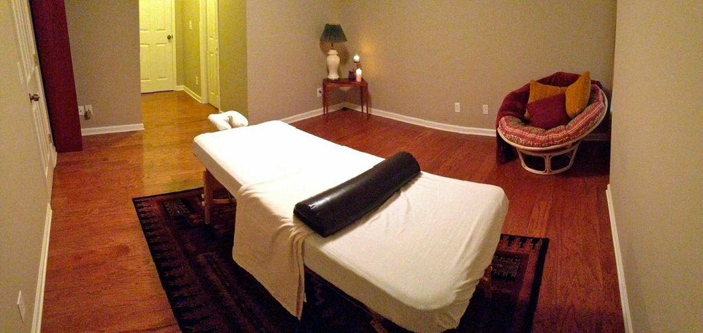 Massage Room 1.jpeg