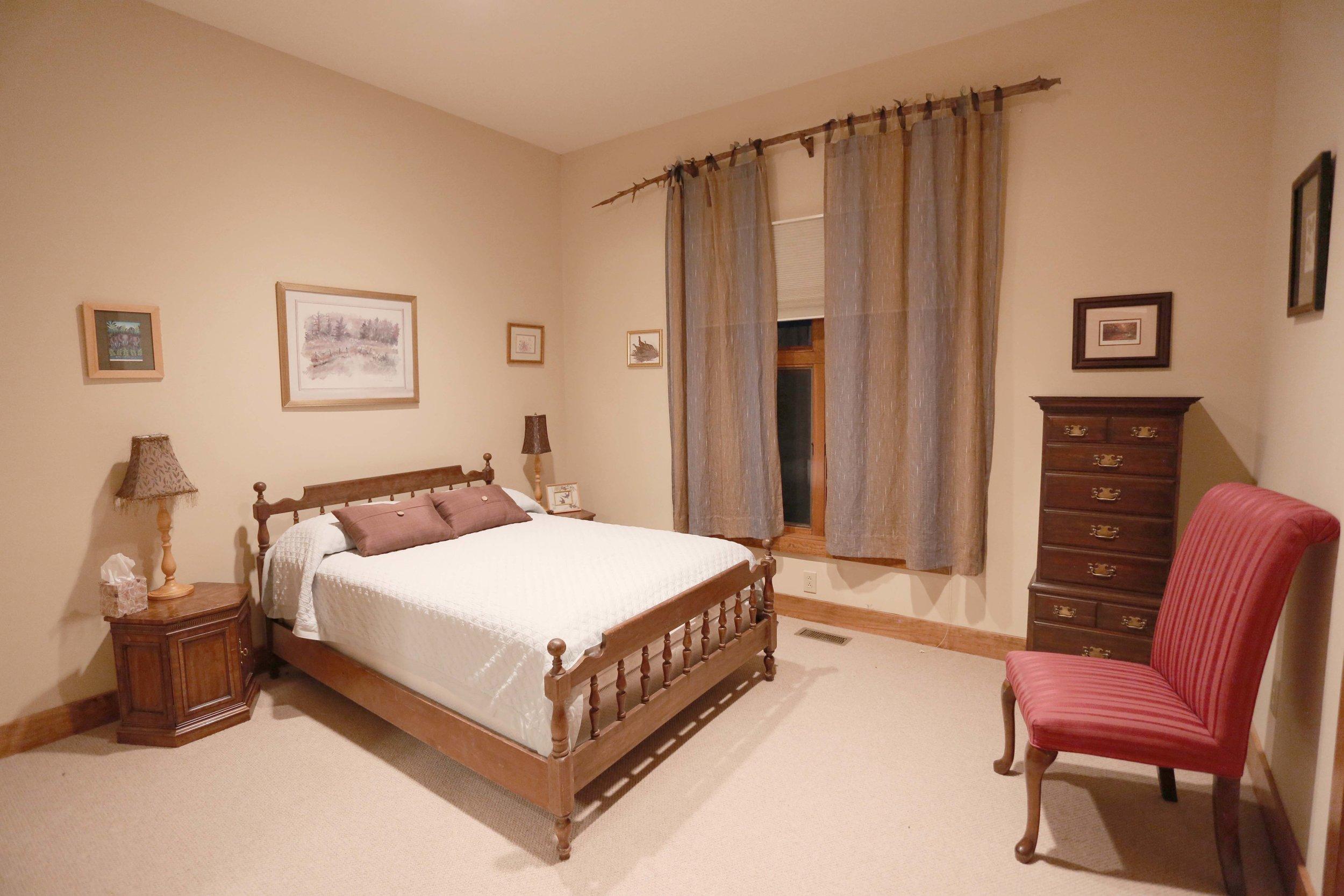 PondView bedroom.jpg