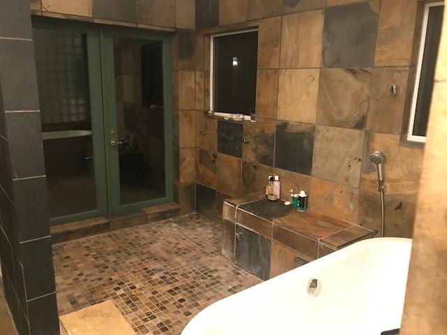 Parrottt master bathroom.jpg