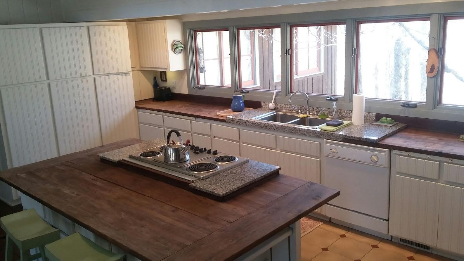 LT kitchenn.jpeg