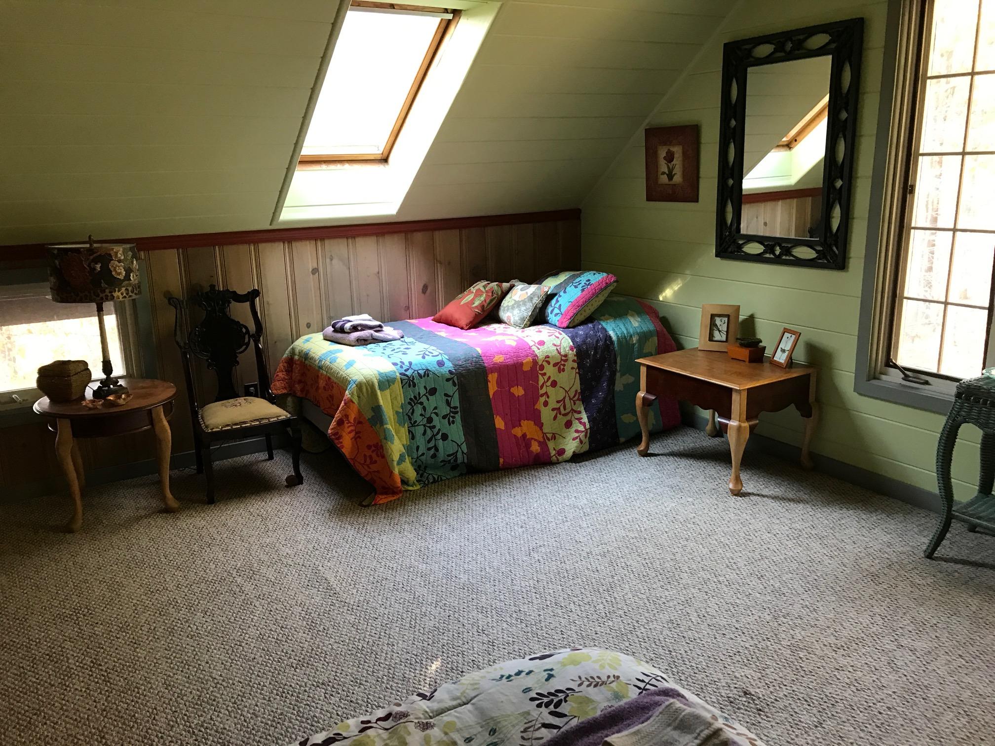 LT Leopard Room single bed.JPG