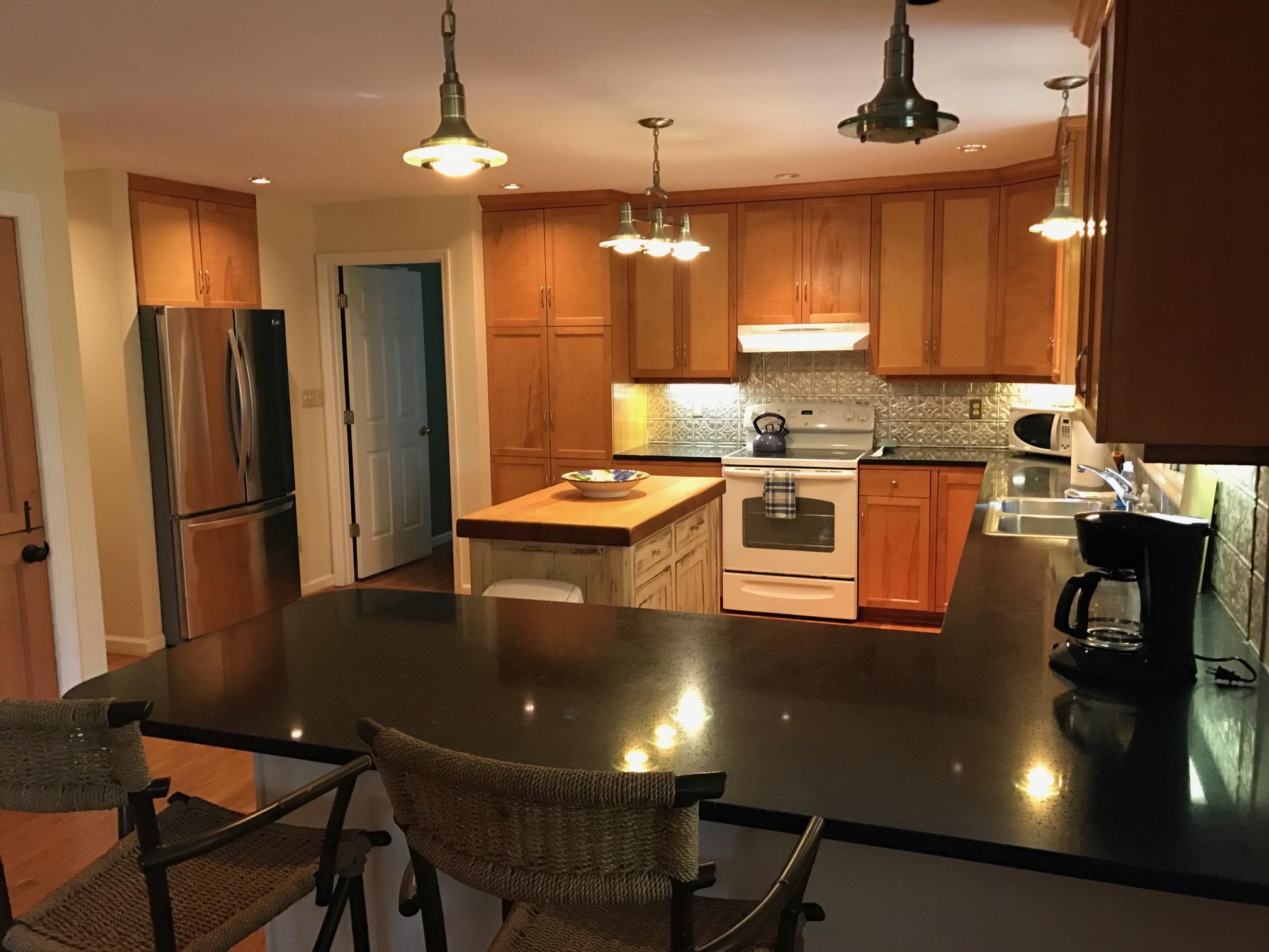 BB Kitchen 2.JPG