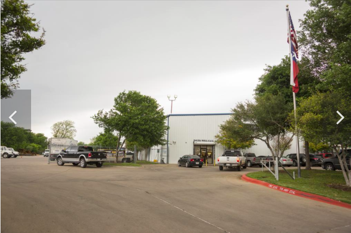 Glover has the listing for this warehouse on nearly 5.5 acres of land at 20 Strandtman Cove, near East Cesar Chavez and Levander Loop. photo credit: ARNOLD WELLS/STAFF