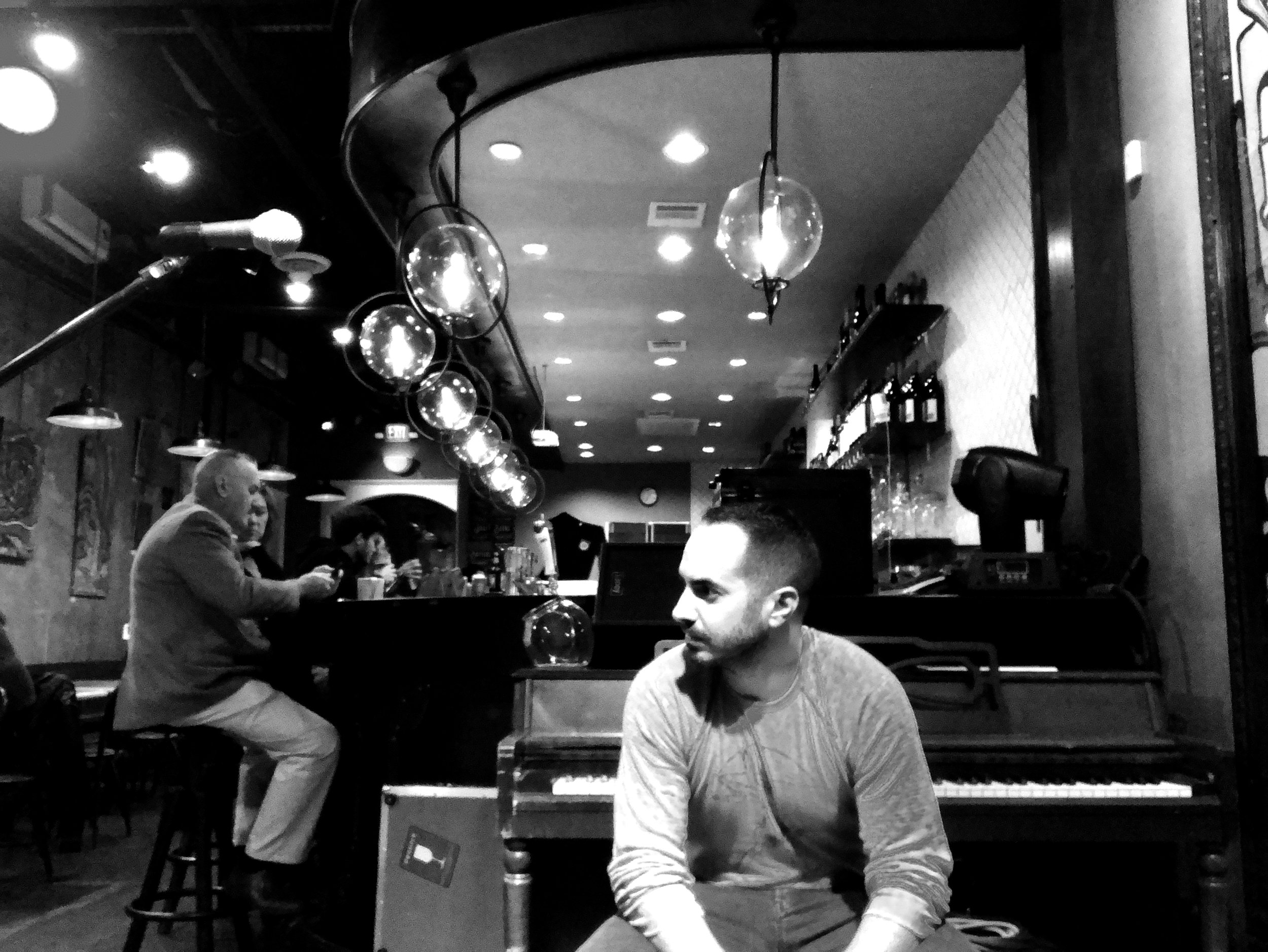 Sam Hale - Cafeza Houston