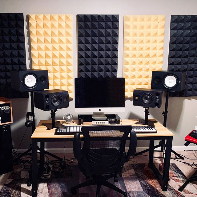 Excited to finally have space for a proper music studio. My last apartment was in a mold infested garage that was super crammed. I've leveled up and I'm grateful to start banging out some tracks for myself and others. - - - - #musicstudio #recording #acoustictreatment #musicproducer #musicengineer #songwriter #song #music #recordingstudio #musicproductionstudio #spacemusic #nashville