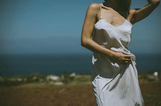 in motion    Hannah wearing @pequenoheart 70s slip dress