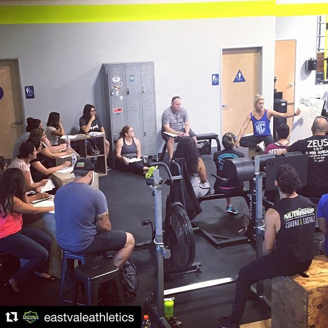 Another great seminar about flexible nutrition! —� #Repost @eastvaleathletics ・・・ Nutrition Seminar with @ncapurso22 going down today! #HonorYourNutrition #HonorYourGifts #EatHealty #BeHealthy #LiveLifeOnPurpose #Mindset #EastvaleAthletics #CrossfitEastvale #NicoleCapurso