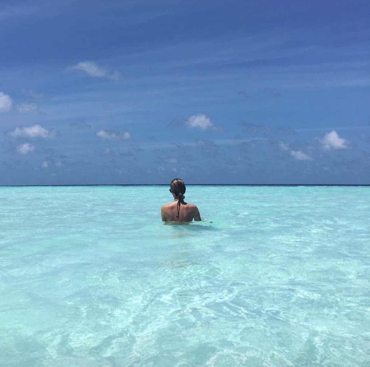 """Endless blue....just can't believe it"" Jennifer Hawkins says of her recent stay at Maldivian beauty Soneva Jani"