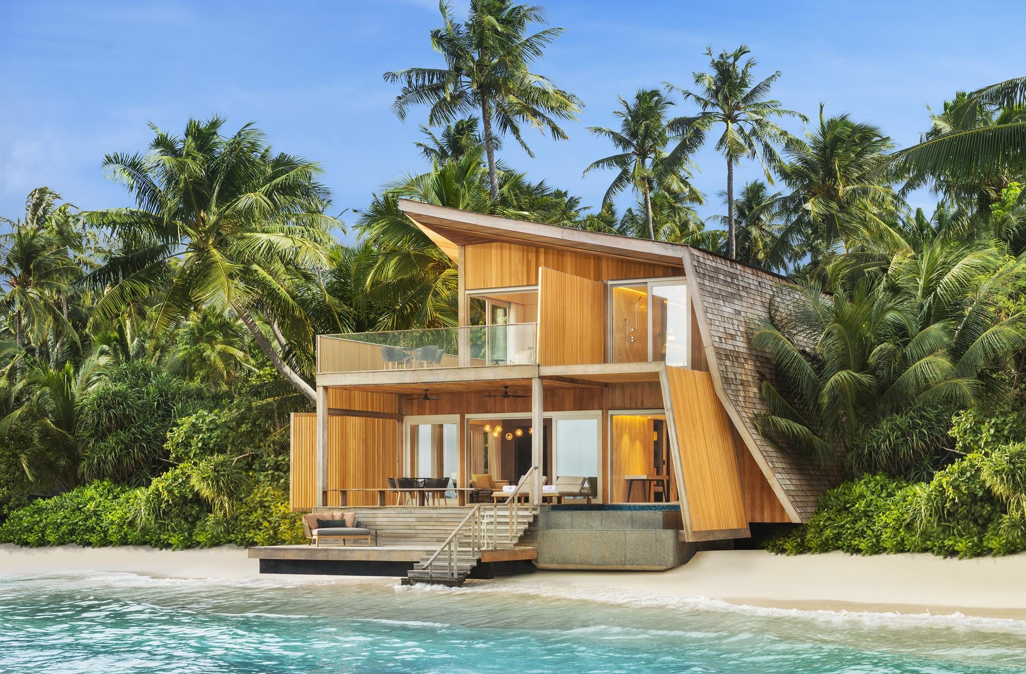 str4315ex-195094-Two-Bedroom Family Villa with Pool - Exterior-Med.jpg