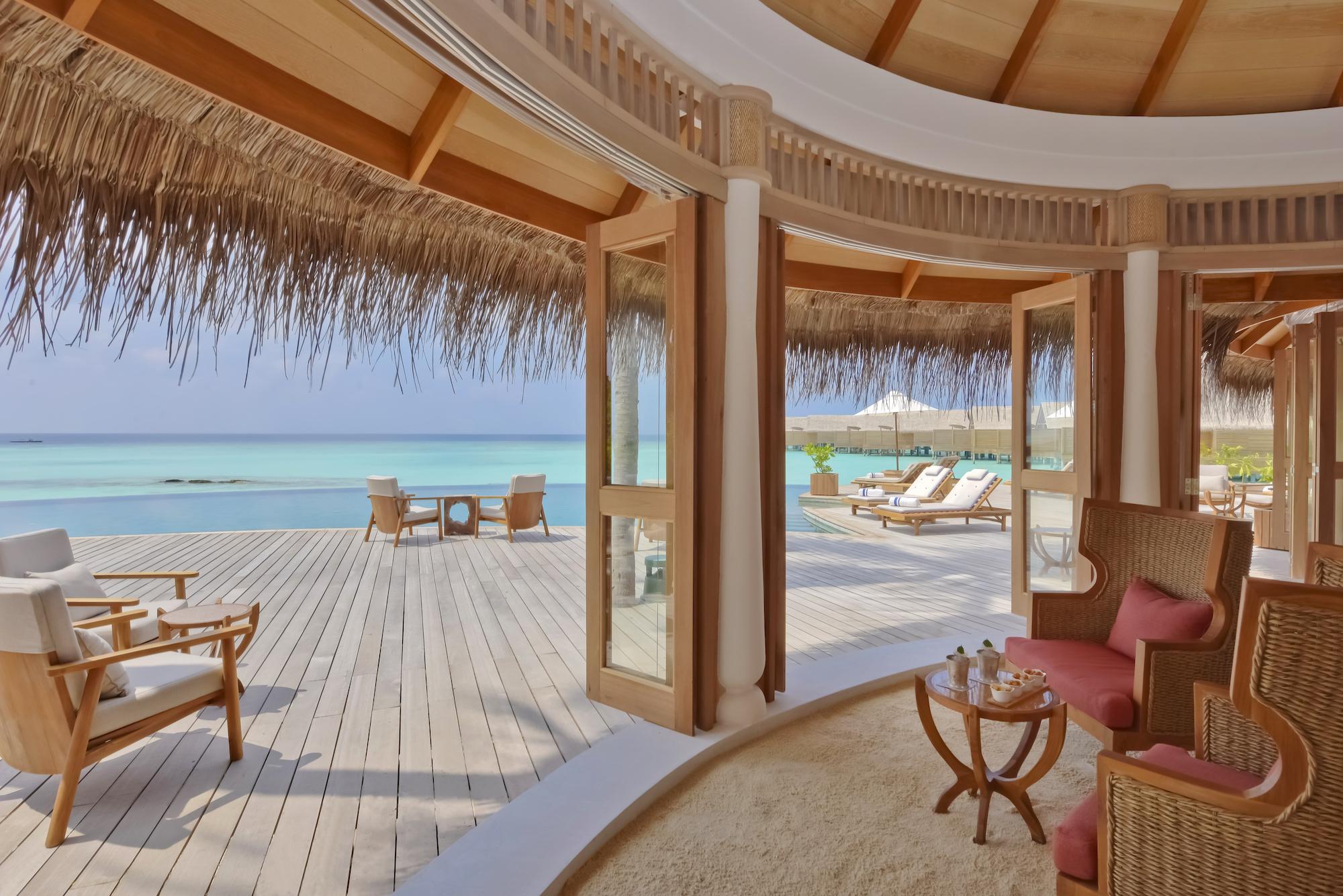 Milaidhoo Maldives dining Compass Pool Bar (13).jpg