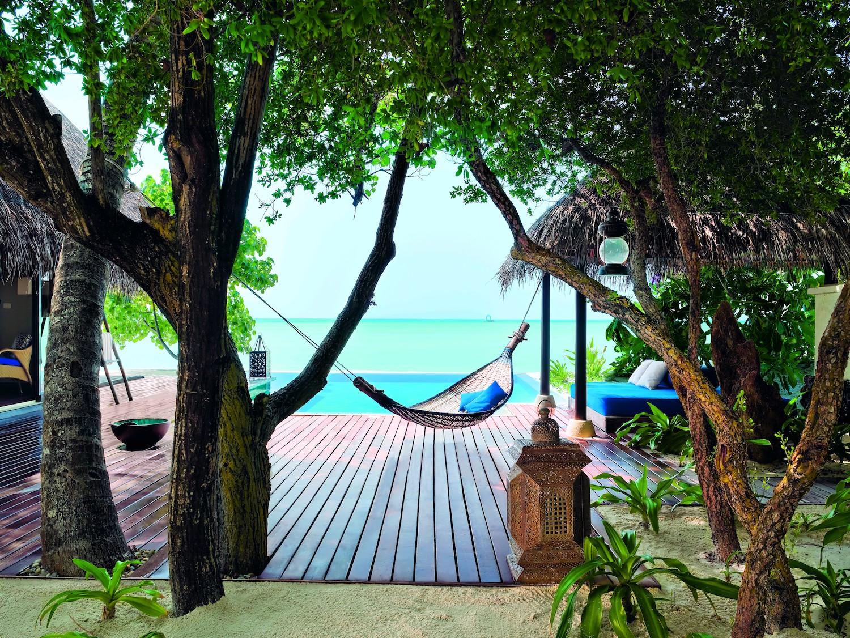 29127773-H1-Beach Villa Suite - deck (9999 x 7504).jpg