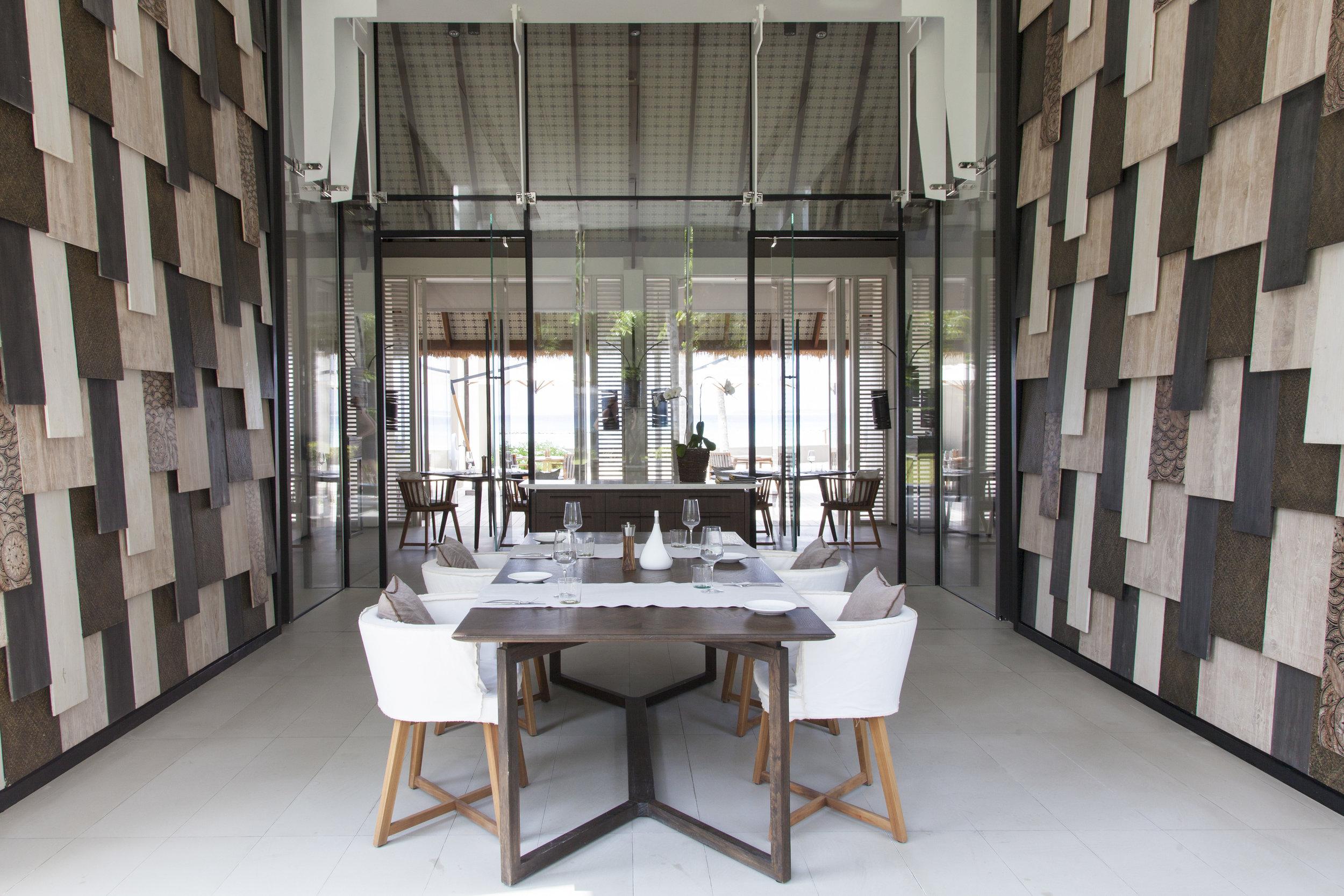 20171205053538_3-1-the-white-restaurant-img-4955-p-parinejad2015.jpg
