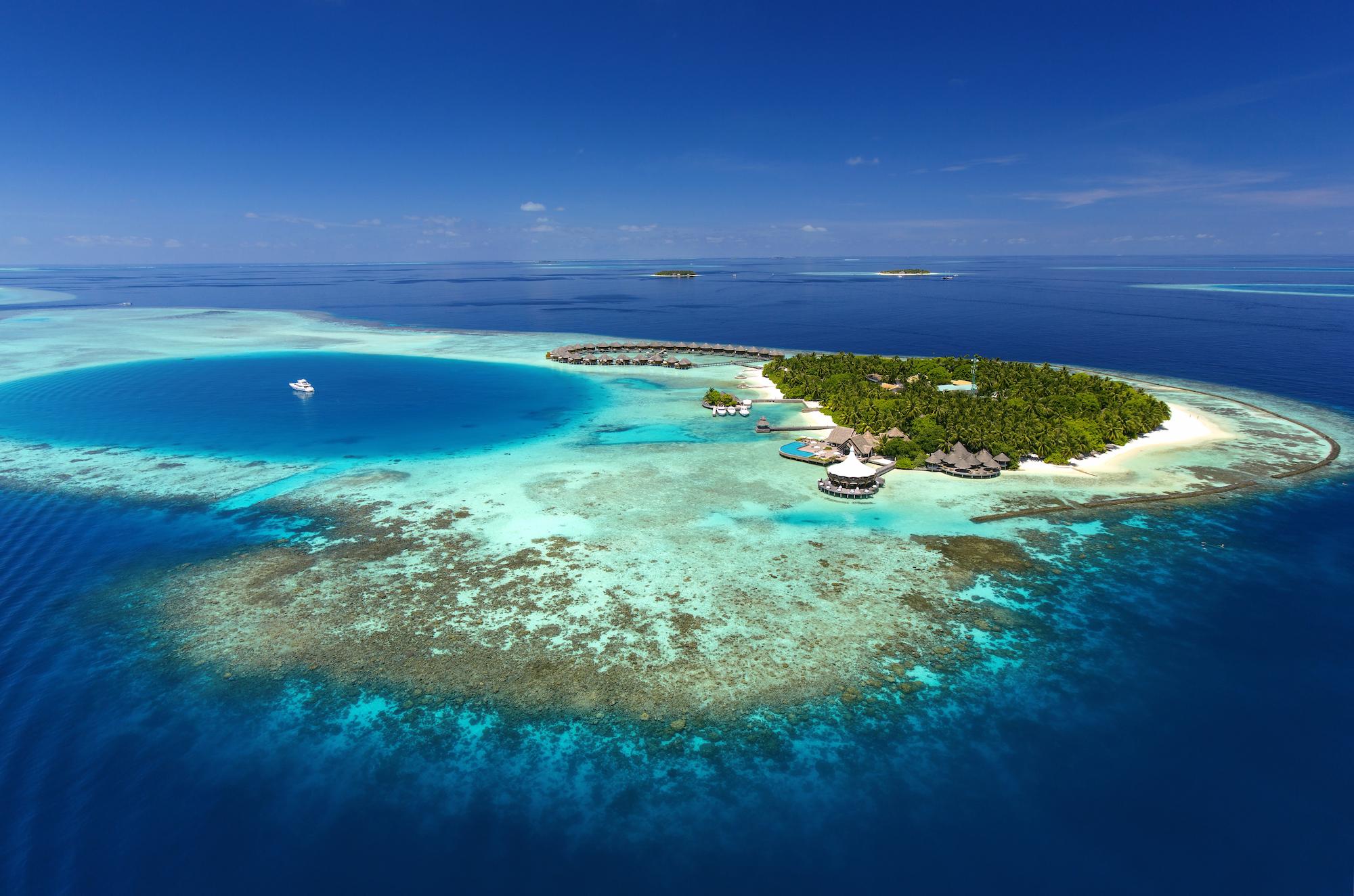 ©Baros Maldives_Aerial View_HR (2) copy.jpg
