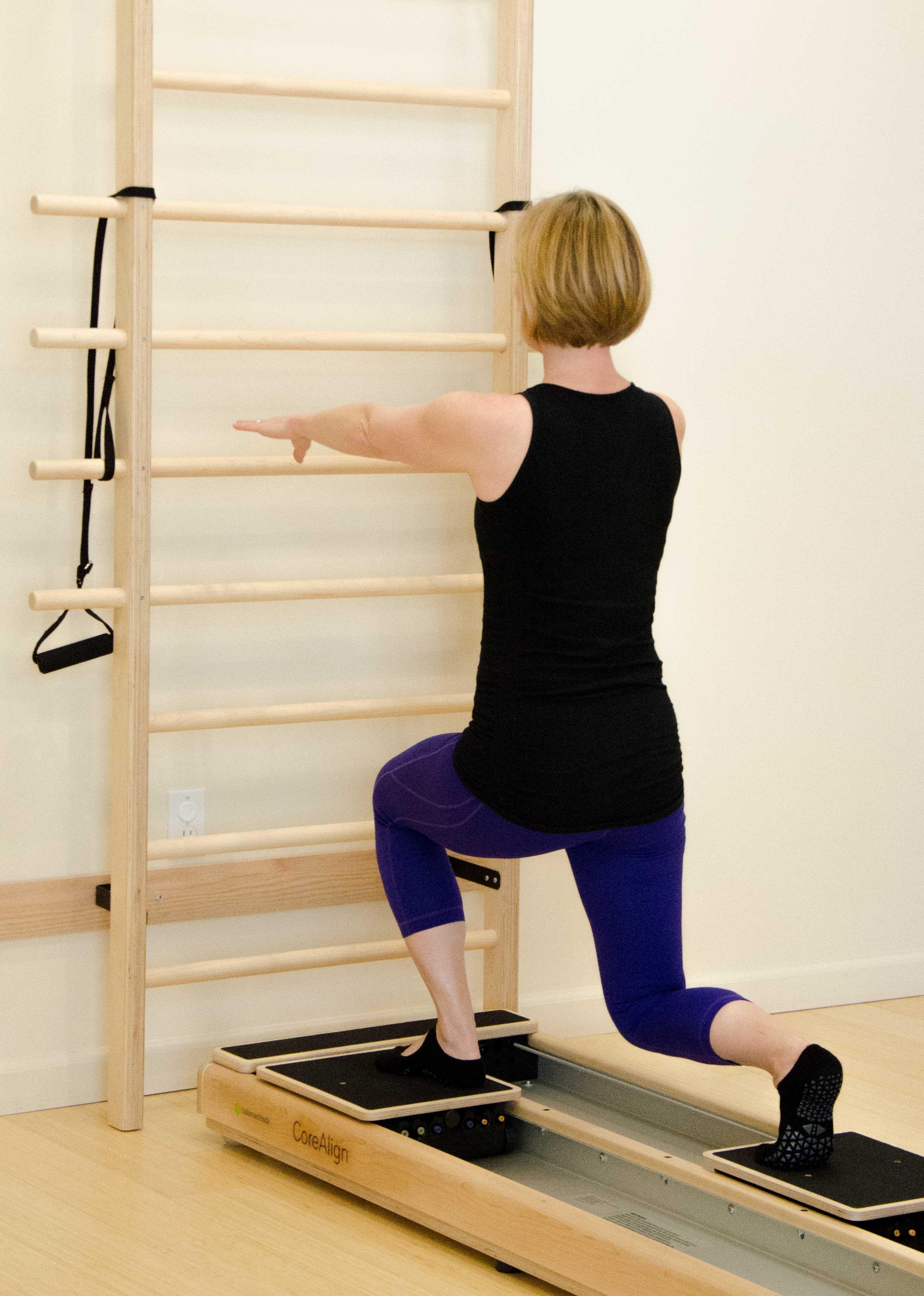 CoreAlign Lunge exercise.
