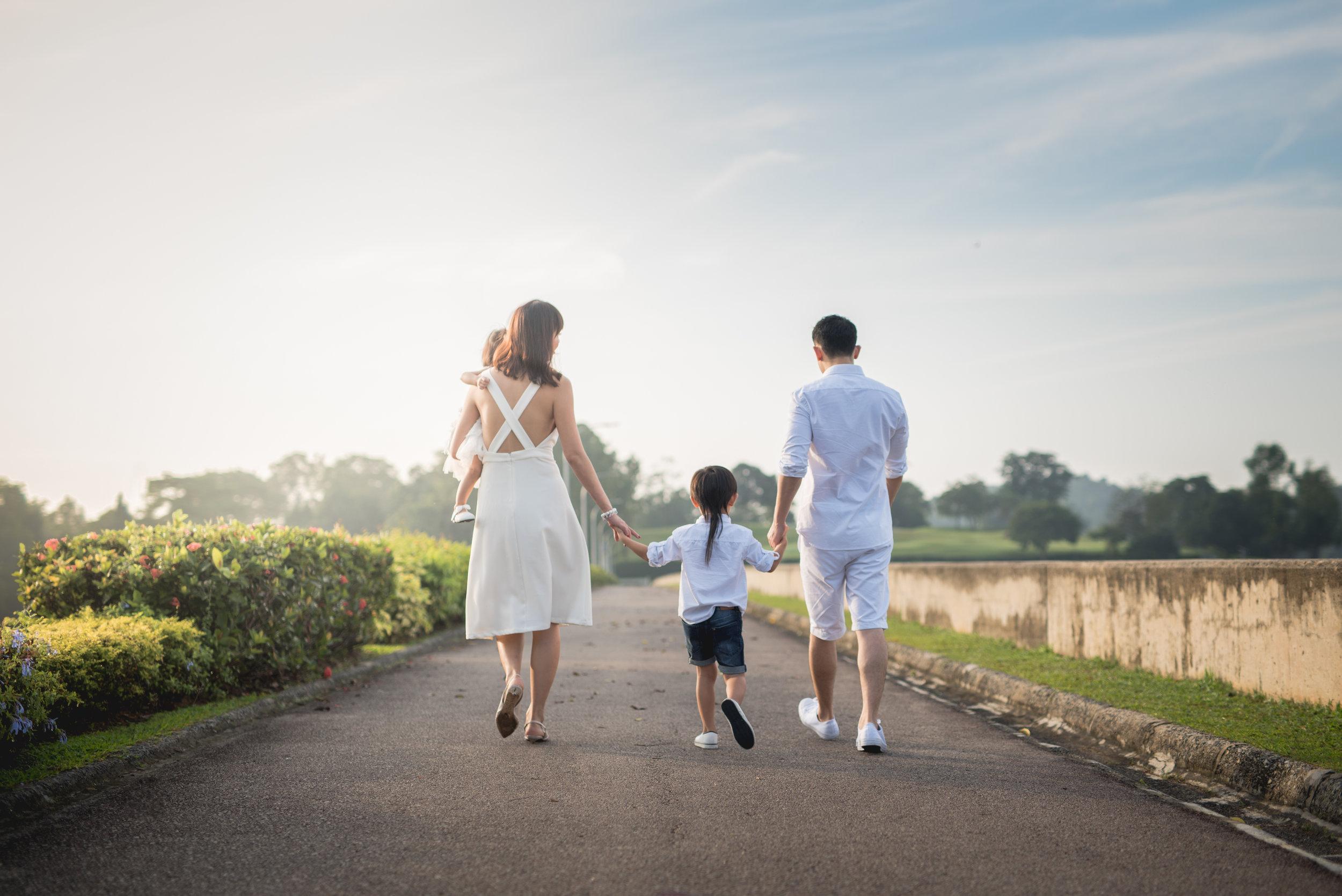 Theo and Peiying Family_2.jpg