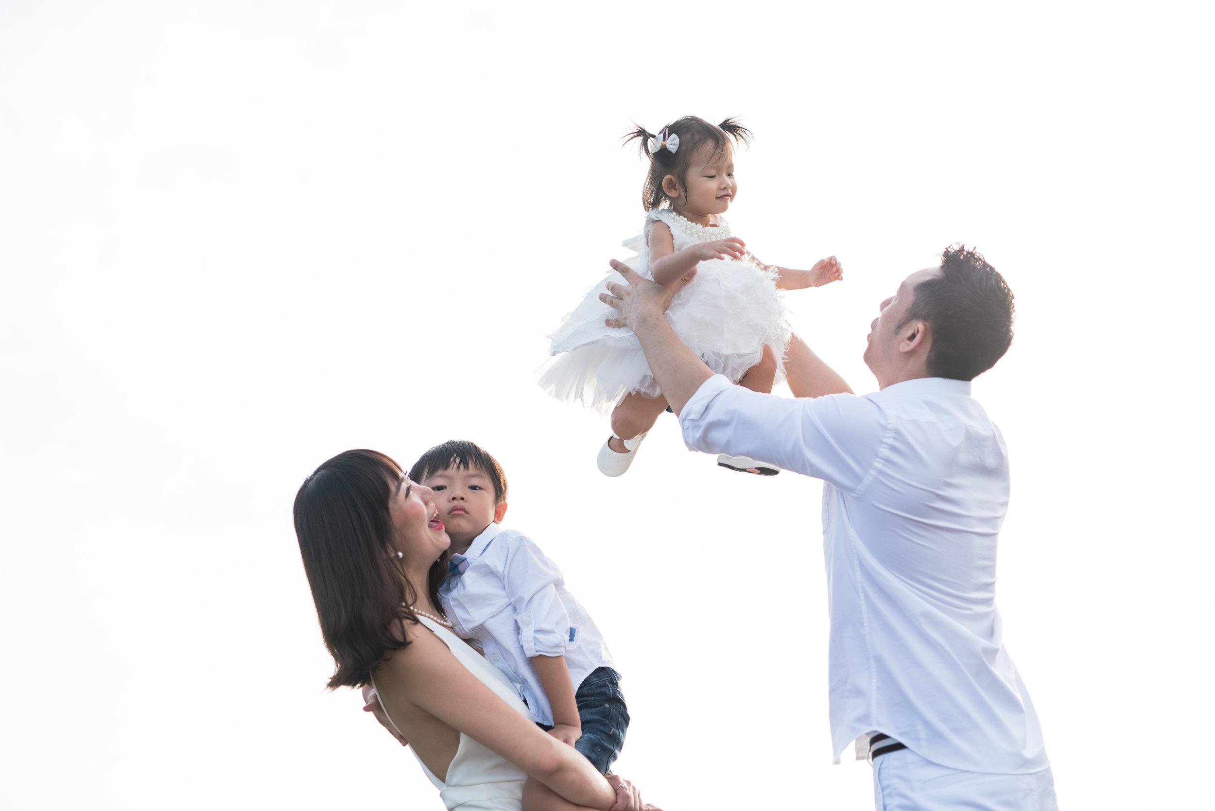 Theo and Peiying Family_12.jpg
