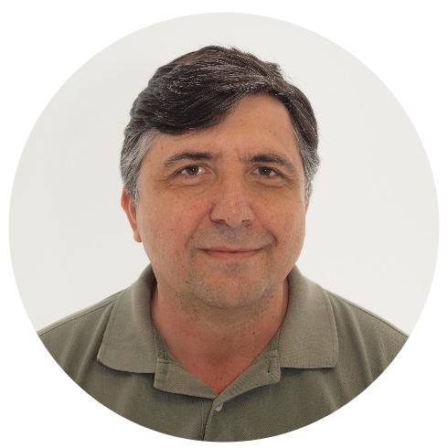 JOSE MANUEL DÍEZ  Controller  Jose además de ser un magnífico contable es un C++ / Qt developer, él dirige este proyecto open source   http://keme.sourceforge.net/    l   e